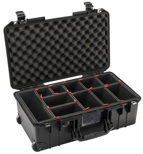 Peli Schutzkoffer 1535Air mit TrekPak-Einsatz, schwarz