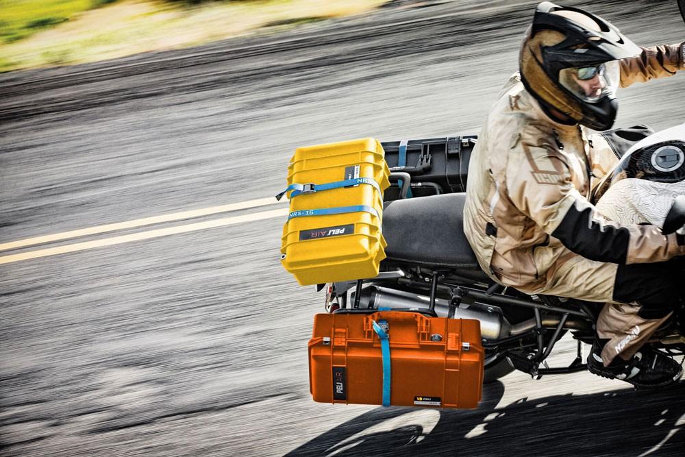 Peli 1485Air am Motorrad